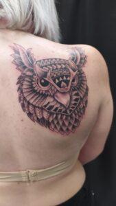 polynesian maori sova tribal tetování